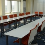 Sala con sillas Dileoffice