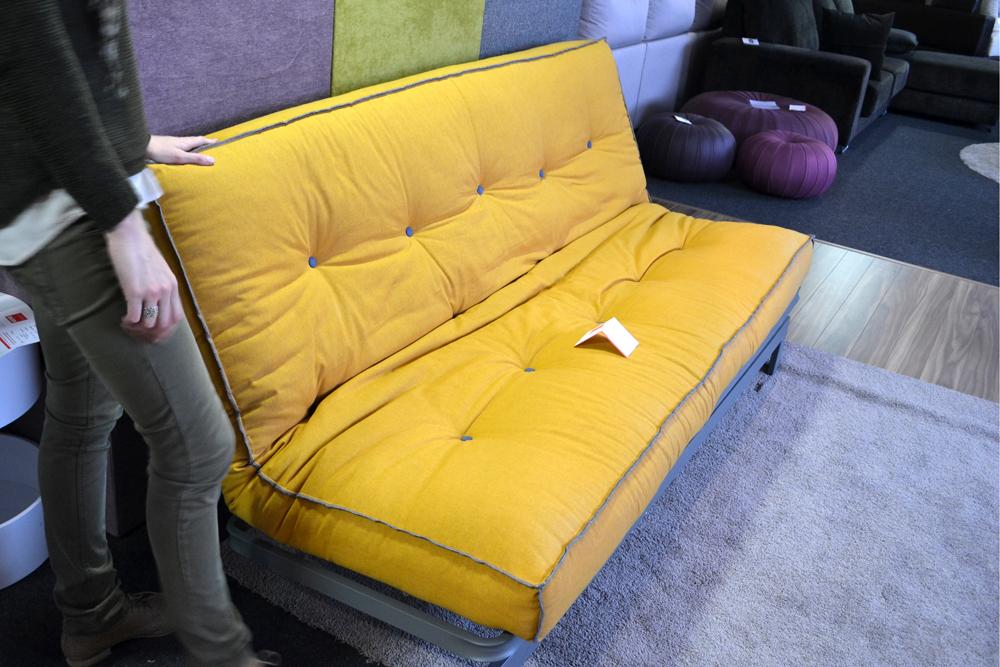 Sof cama sistema italiano vs sof cama clic clac for Colchon sofa cama libro