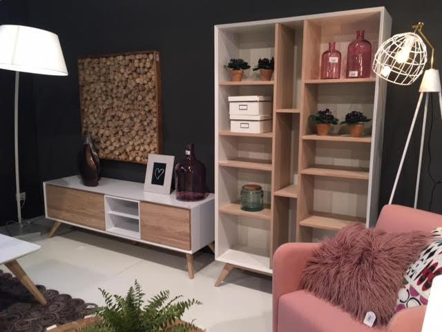 la forma julia grup top juli grup with la forma julia grup free laforma lejeir dining chair. Black Bedroom Furniture Sets. Home Design Ideas
