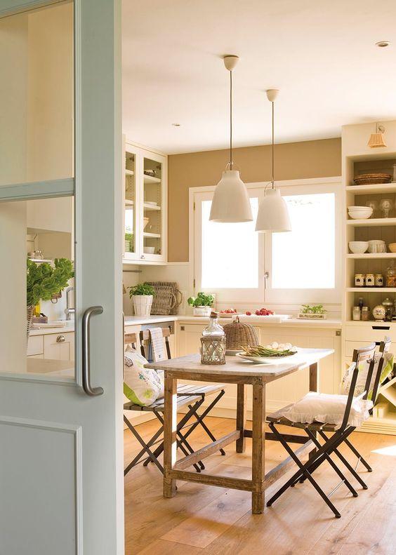 Cómo aprovechar el espacio en una cocina pequeña | Muebles Gascón ...