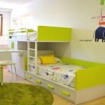 Llévate este original dormitorio en tonos verdes y blancos para tus hijos en Muebles Gascón.