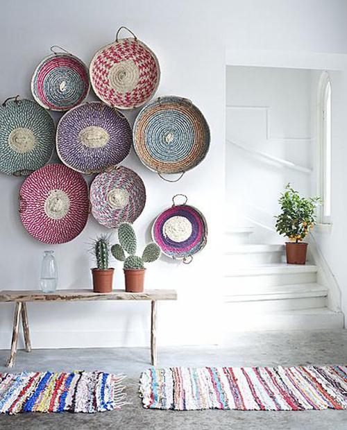 Decoracion-rustica-con-cestas